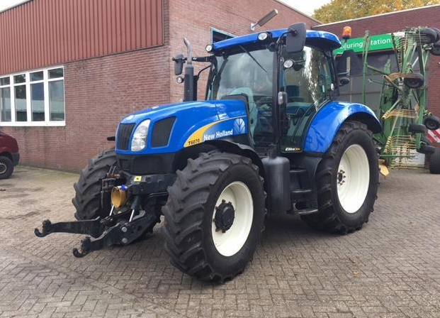 New Holland T6070 2010