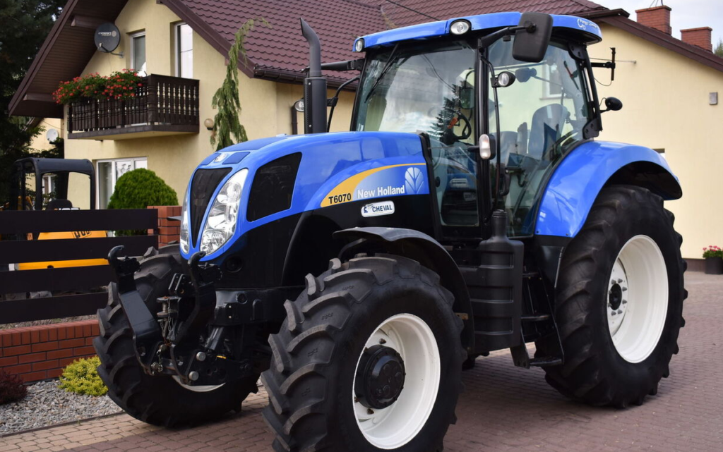 New Holland T6070 2011
