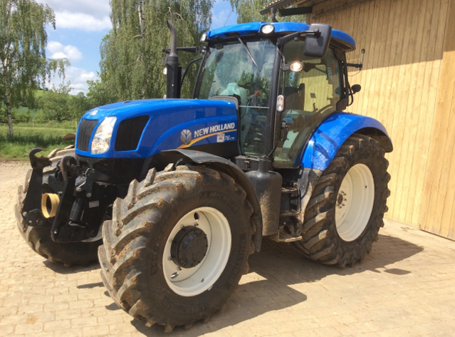 New Holland T6070 2012