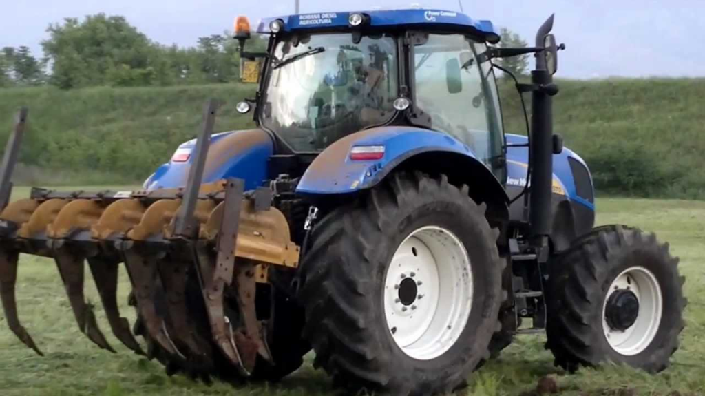 New Holland T6070 2