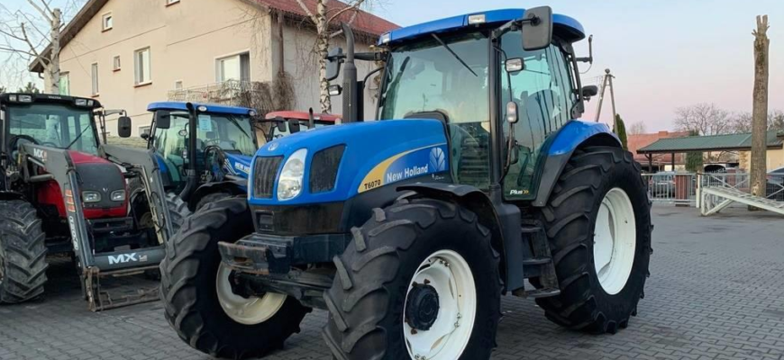 New Holland T6070 Plus for sale Polland
